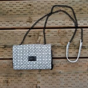 Massimo clutch with metal chain strap